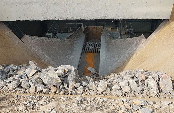 龙口市新南山矿业泥石分离机_泥石分离设备现场